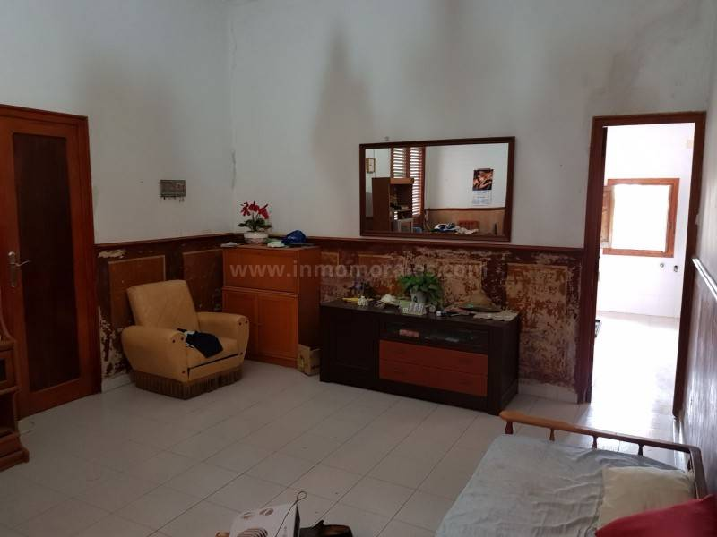 Resale - House - Catral