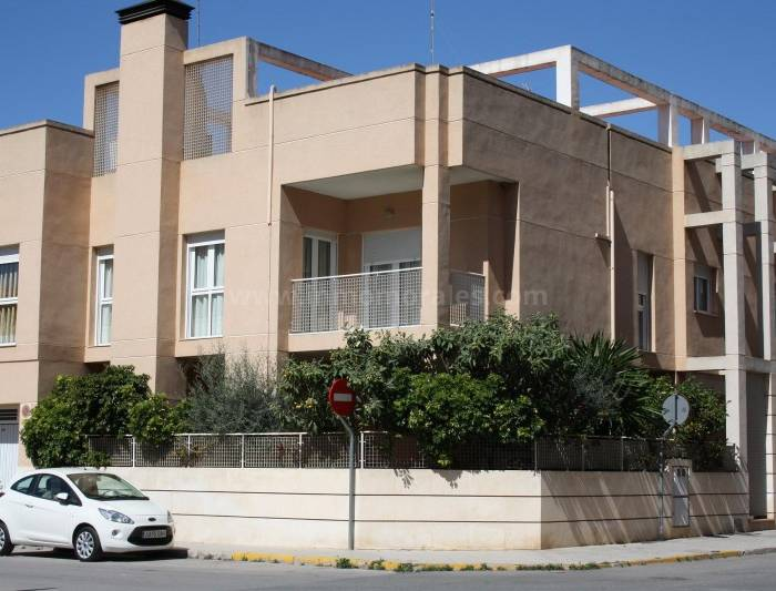 Detached House / Villa - Resale - Almoradí - Almoradí
