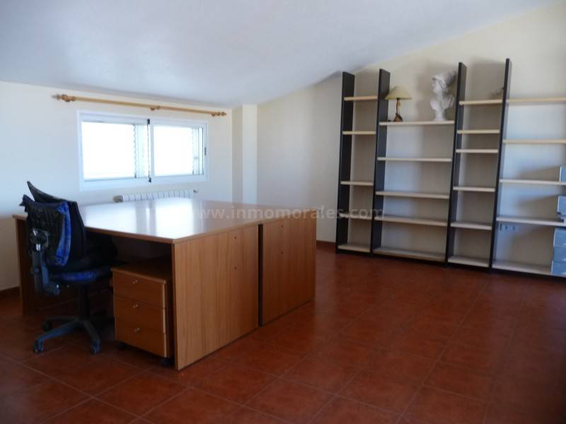 Resale - House - Guardamar del Segura