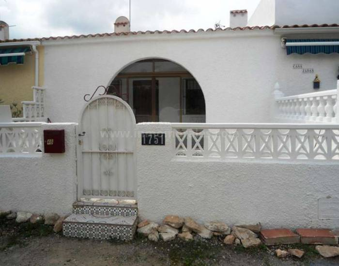 Village house - Resale - Torrevieja - Torrevieja