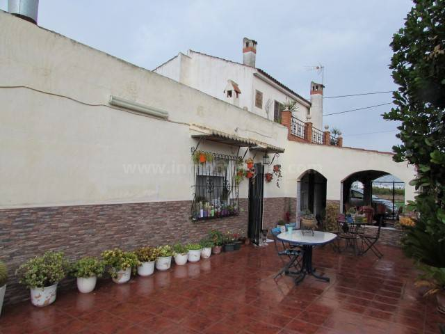Country Villa   - Resale - Dolores - Dolores