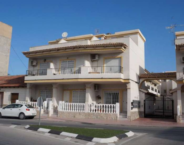 Town house - Resale - Catral - Catral