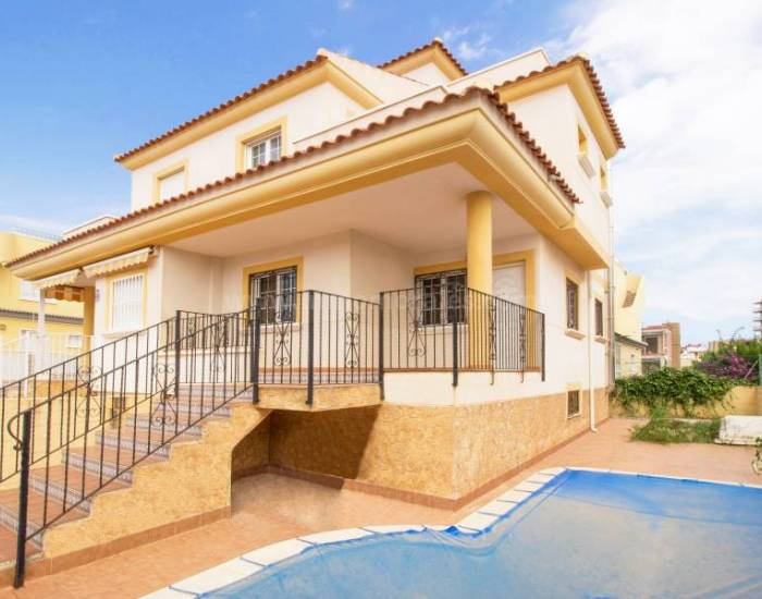 Detached House / Villa - Coast and Beach - Torrevieja - Torrevieja