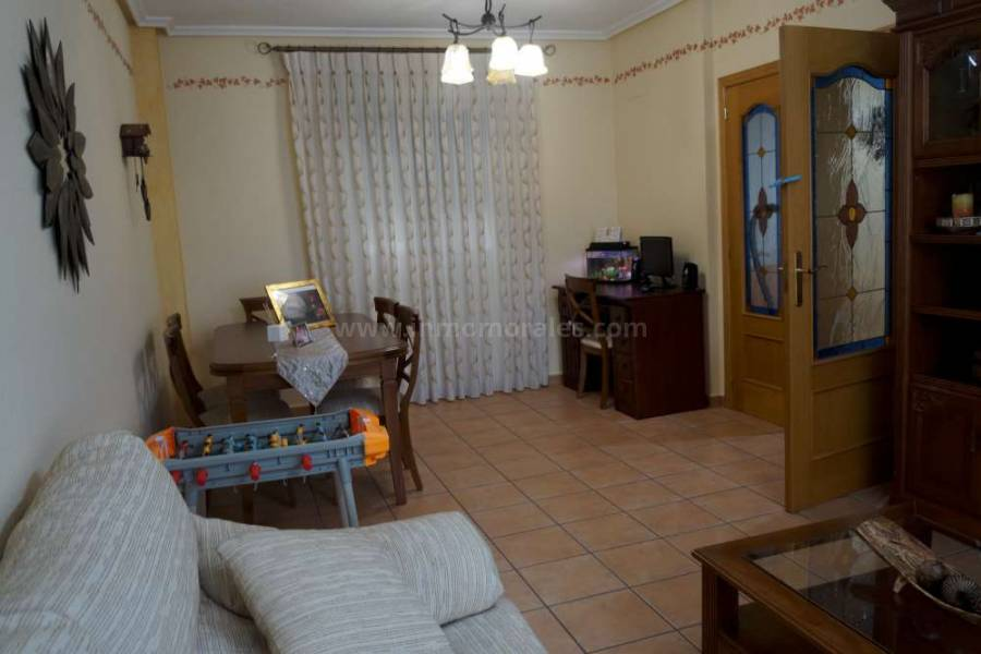 Resale - Apartment /Flat - Almoradí