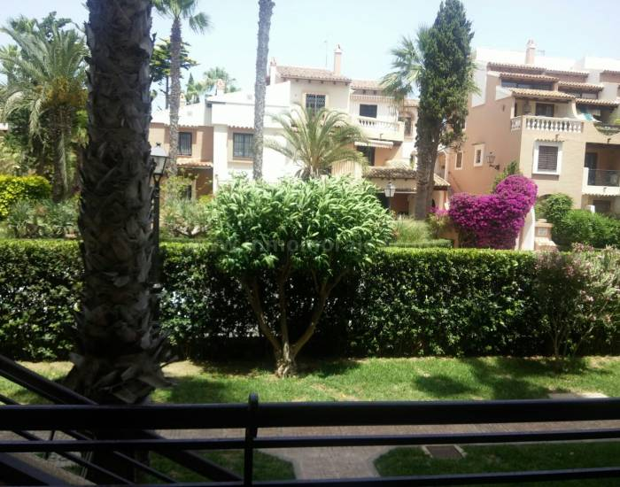 Apartment /Flat - Resale - La Mata - La Mata
