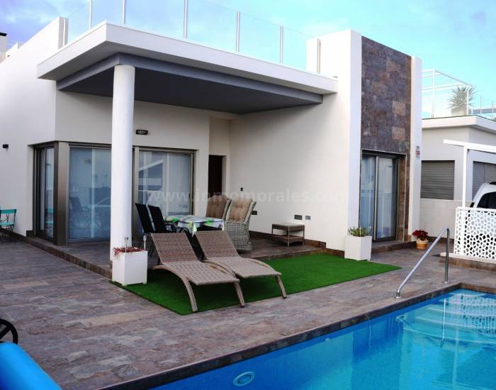 Detached House / Villa  - Resale - Orihuela Costa - Orihuela Costa