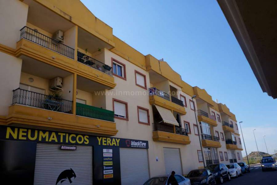 Resale - Apartment /Flat - San Isidro